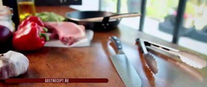 ингредиенты жареные свиные отбивные с кисло сладким перцем