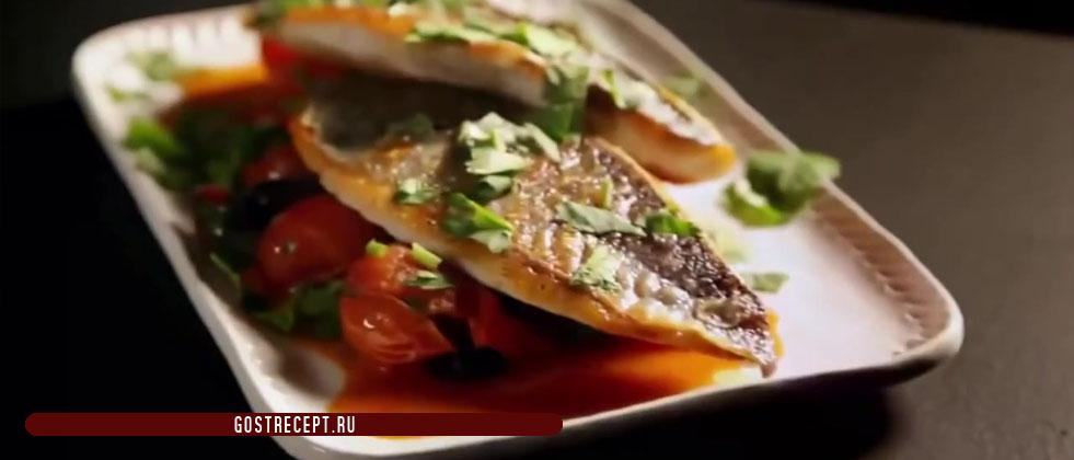 Sea bream with travelim sauce and tomatoes